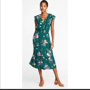 Green Flutter sleeve Midi Floral Dress